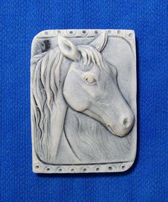 Магнит-барельеф Голова лошади