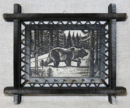 Картина на шкуре байкальской нерпы - Медведь