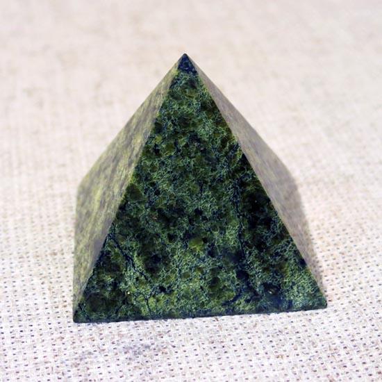 Пирамида большая