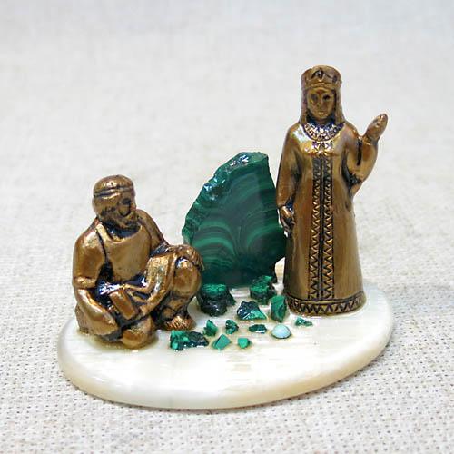 Композиция из камня Данило и Хозяйка Медной Горы
