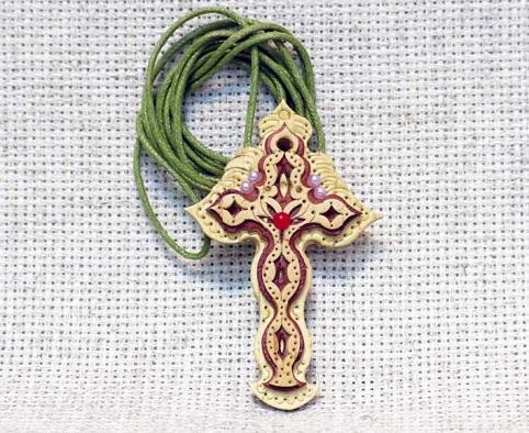 Крест берестяной резной