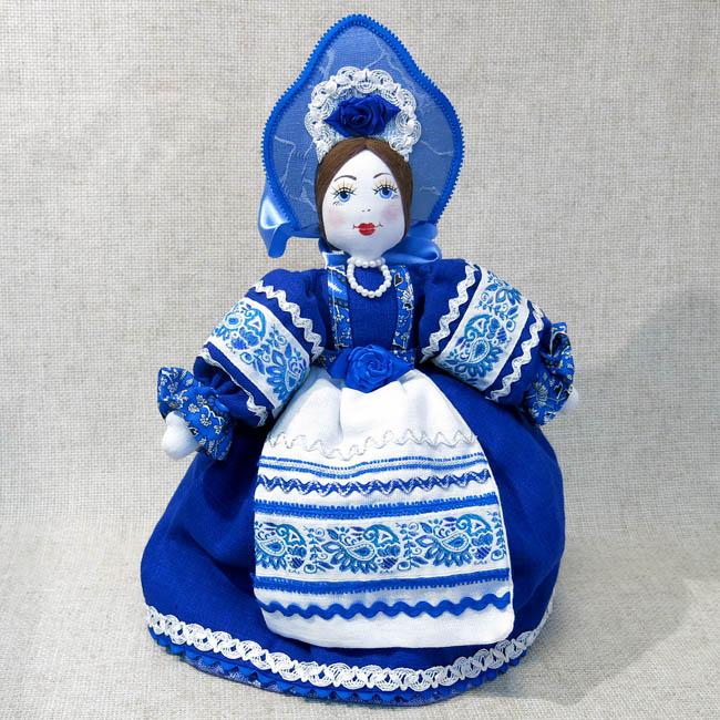 Кукла на чайник Гжелка