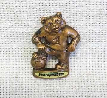 Магнит Медведь футболист мини, 12124
