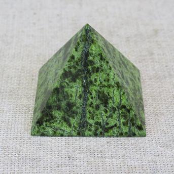 Пирамида 70х70
