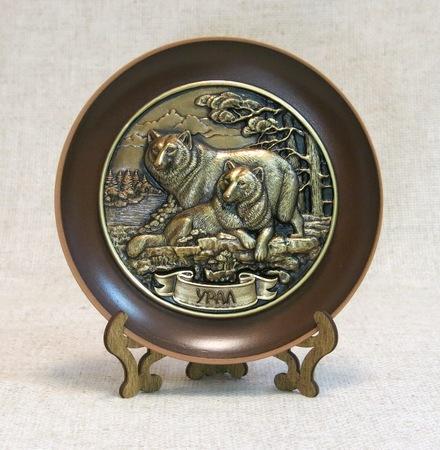 Тарелка керамическая Пара Волков, 7007
