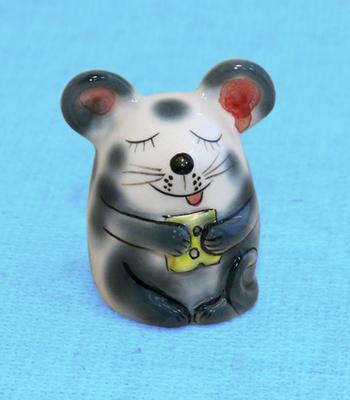 Мышка с сыром, закрытые глазки, серая, ГД 3045