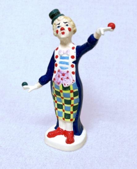 Клоун с шариками, Ф
