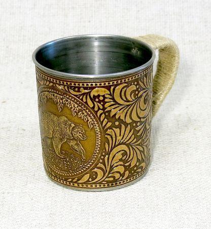 Кружка металлическая, декорированная берестой Медведь, НВИ