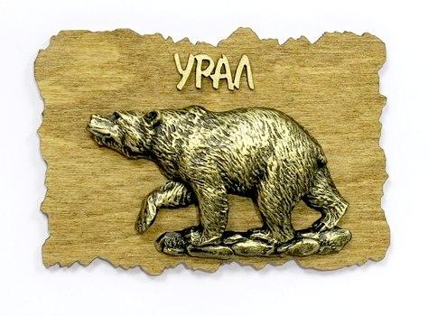 Магнит на дереве Медведь большой идет объемный, 6087