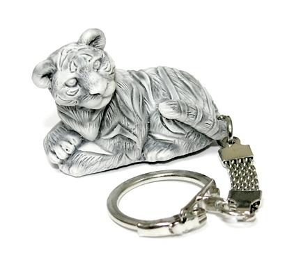 Брелок  Тигр лежит маленький