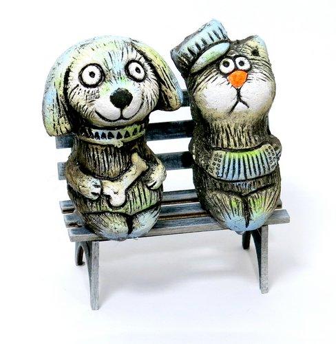 Кот и пес на скамейке мини, KN 00-120