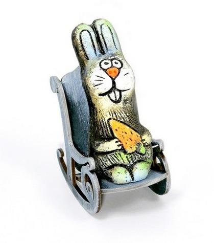 Заяц в кресле-качалке, KN 00-126